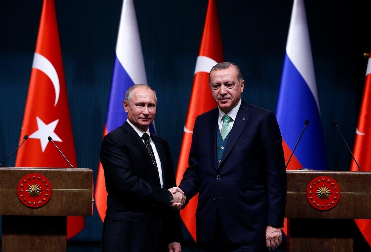 Putin, Erdoğanla birlikte Akkuyunun temelini attı: Bu proje, Türk-Rus ilişkilerinin simgesi haline gelecek 47